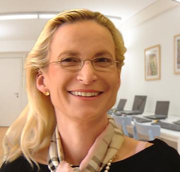 Frau S. Roshardt